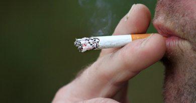 Il fumo riduce la dimensione del pene